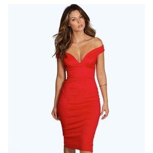 8361e869bce2f Boohoo Skye Sweetheart Dress (Never worn w  tags)